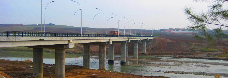 Diyarbakır Dicle Nehri Üzerinde  On Gözlü Köprüye Alternatif Yapılacak  Köprünün Projesi